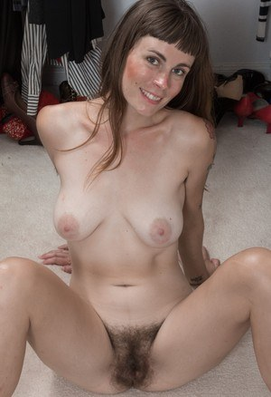 hot cougar woman