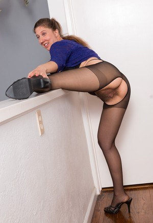 Pantyhose Hairy Pussy