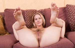 Mature hairy pussy and feet for council
